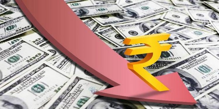Rupee slips 9 paise to 71.27 against US dollar in early trade