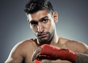 Khan, the British boxer of Pakistan origin, has expressed desire to lock horns with Olympic bronze medallist Vijender a number of times but the bout has not materialised as yet.