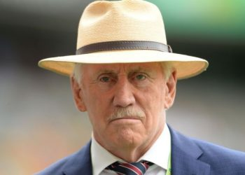 Chappell said the team which has the ability to pick wickets at regular intervals, particularly in the middle overs, was likely to lift the coveted Cup.