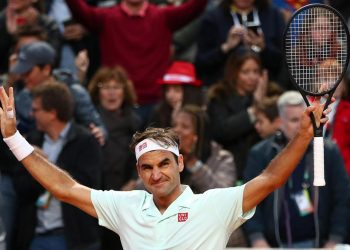 Roger Federer won two tough matches on a single day in Rome
