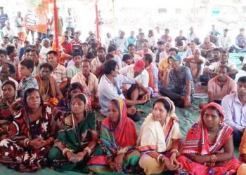 Hooch tragedy: BJP protests 'police inaction'
