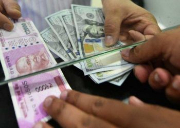 Rupee slips 9 paise to 71.80 against USD in early trade