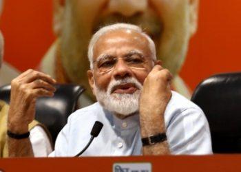 Modi sets off for Kedar-Badri darshan