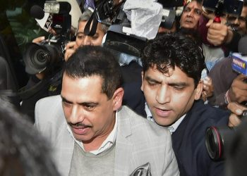 Vadra appears before ED in money laundering case