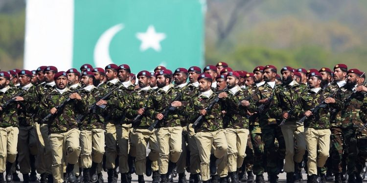 Pakistan's Defence budget to remain unchanged