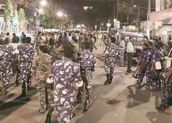 Police officers led by Barrackpore Police Commissioner Manoj Kumar Verma conducted route marches to reassure people of peace.