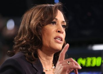 Harris, Senator from California, was the target of birtherism-like attack, the latest jabs to racism faced by former President Barack Obama, CNN reported.