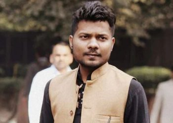 An FIR was registered against Noida based journalist Prashant Kanojia for his comments against Yogi Adityanath.