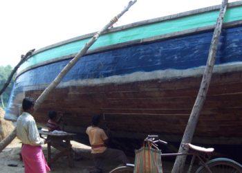 Fishermen told to use distress alert transmitters