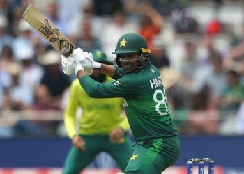 Sohail smashed nine fours and three sixes during his knock of 89 in 59 balls, putting on 81 for the fourth wicket with Babar Azam (69) and 71 for the fifth wicket with Imad Wasim (23).