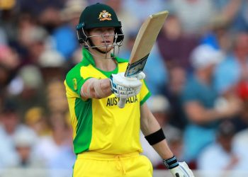 Steve Smith held the Aussie innings togther