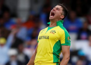 Stoinis bowled and batted during the training session at Trent Bridge and didn't look in any sort of discomfort.