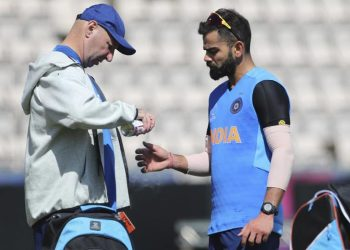 Kohli was seen walking off the ground with his right-thumb dipped in ice Saturday.