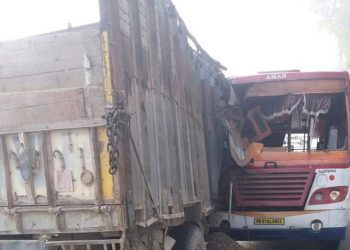 11 passengers killed, 25 injured as speeding bus rams into truck