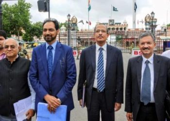 Attari: The Indian delegation headed by SCL Das, Joint Secretary (Internal Security) in Ministry of Home Affairs, along with other delegation members returns after the second round of talks with Pakistan to finalise modalities of the Kartarpur corridor for Sikh pilgrims, at Attari near Amritsar, Sunday, July 14, 2019. (PTI Photo) (PTI7_14_2019_000116B)