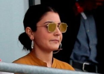 Anushka who cheered and hooted for the team, was caught by the cameras asking her friends what the signal for boundaries was.