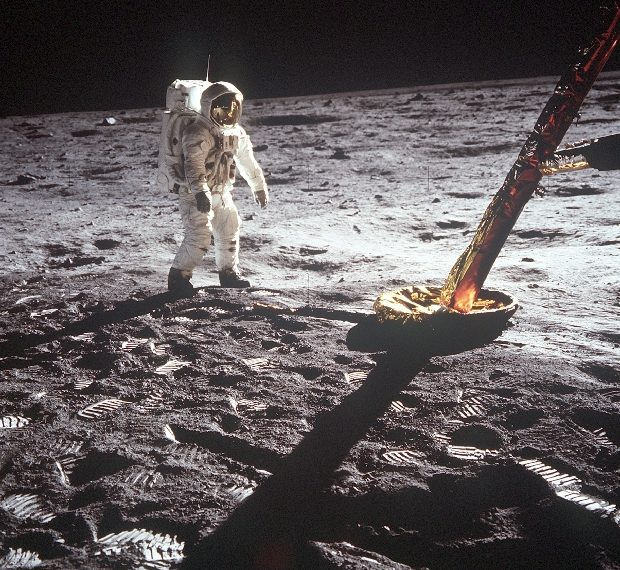 Google to mark 50th year of Apollo 11 mission with AR