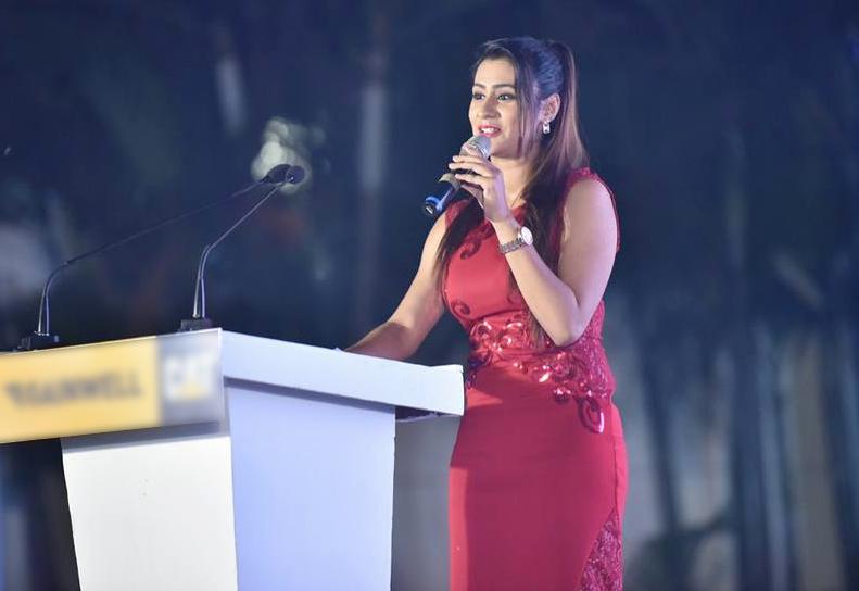 Beautiful Shefali Udgata anchor