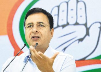 Congress chief spokesperson Randeep Surjewala slammed the Modi govt.