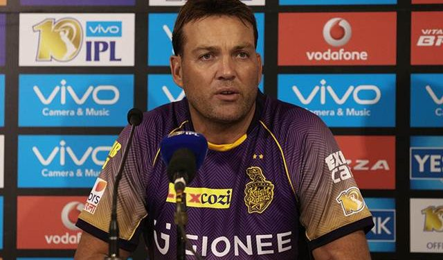 Legendary former South Africa all-rounder Kallis ended a nine-year association -- both as a player and coach -- with the purple brigade.