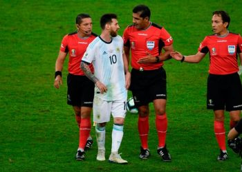 Lionel Messi of Argentina argues with match officials after his side's loss to Brazil in the Copa America semifinals