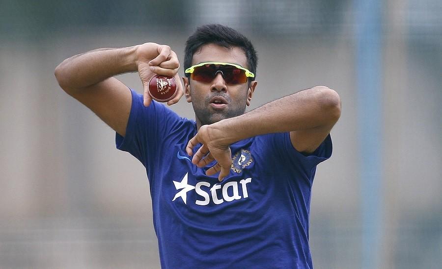 Cricketer Ashwin slams netizens over Vijay death hoax