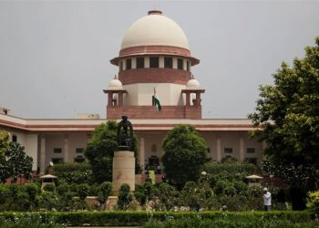 15 Karnataka MLAs Sunday filed a joint petition in the Supreme Court