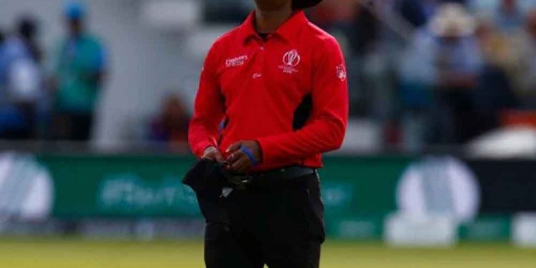 The Sri Lankan umpire accepted his mistake, but didn't regret the decision.