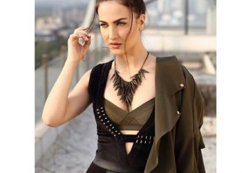 Happy birthday Elli AvrRam; This is why Hardik Pandya's ex GF became angry with him
