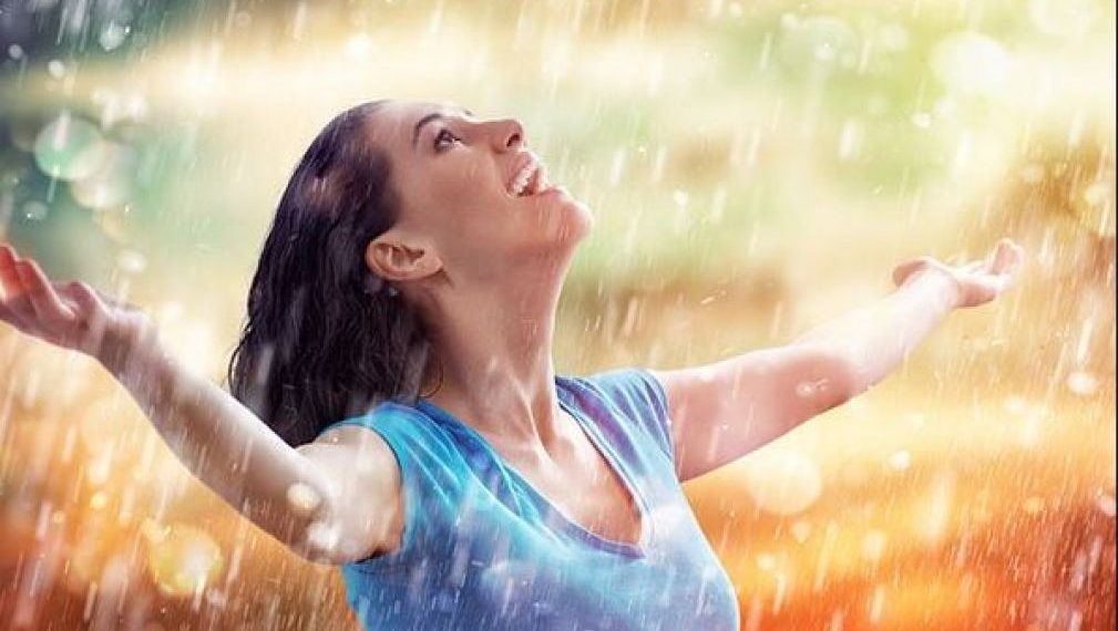 For glowing skin follow these home remedies in rainy season