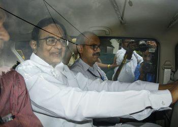 P Chidambaram being taken to a Delhi Court by CBI officials, Thursday