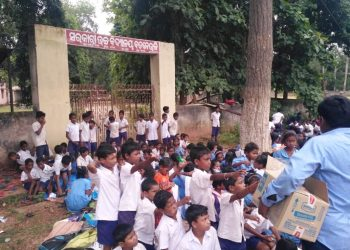 Students, guardians lock up school gate