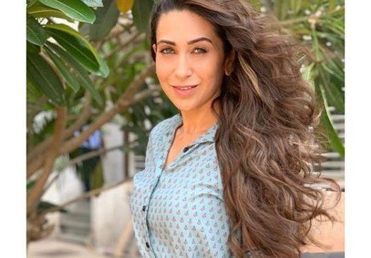Karisma changed 30 costumes for 'Jhanjhariya'