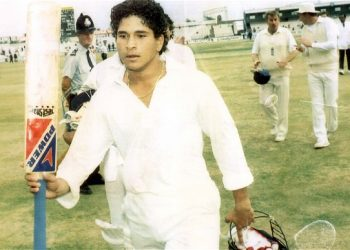 Tendulkar, who was just 17 at that time, played a brilliant knock of 119 against England at the Old Trafford in Manchester and saved the match for India.