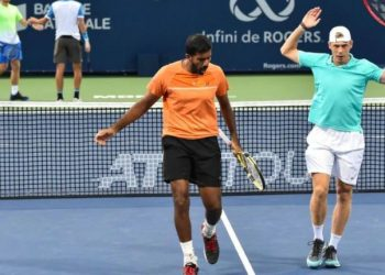 Bopanna and his Canadian partner knocked out formidable fourth-seeded French pair of Pierre-Hugues Herbert and Nicolas Mahut 6-3, 6-1 in just 55 minutes Friday night.