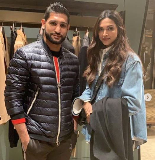 Boxing Ch Amir Khan Meets The 'It Couple' Ranveer Singh ; Deepika Padukone!