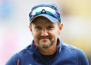 The local media in New Zealand reported that Hesson has applied for the top job in both India and Pakistan.