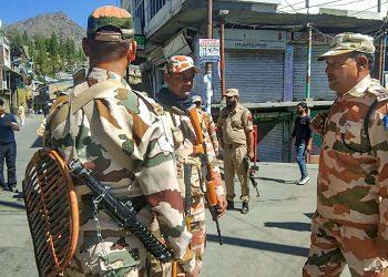Paramilitary forces stand guard in Kargil/ Representational image