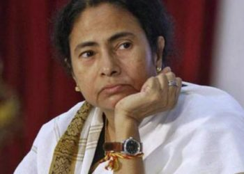 In her first reaction after Chidambaram's arrest Wednesday evening, Banerjee quoted Rabindranath Tagore and said the 'message of justice is crying silently in isolation'.