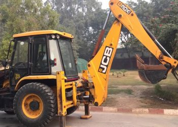 Why JCB machine is yellow in colour? Read on…