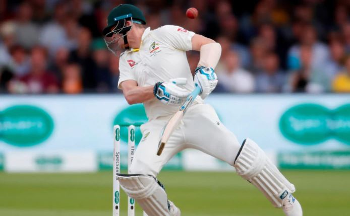 Steve Smith remembered late Phillip Hughes after being hit on the neck