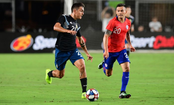 Argentina draw 0-0 with Chile in combative football friendly