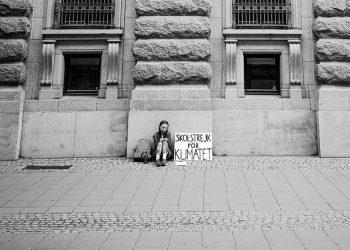 Greta Thunberg in front of Swedish Parliament. Pic - Adam Johansson/Twitter