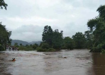 Floodwater flows 4 feet above National Highway