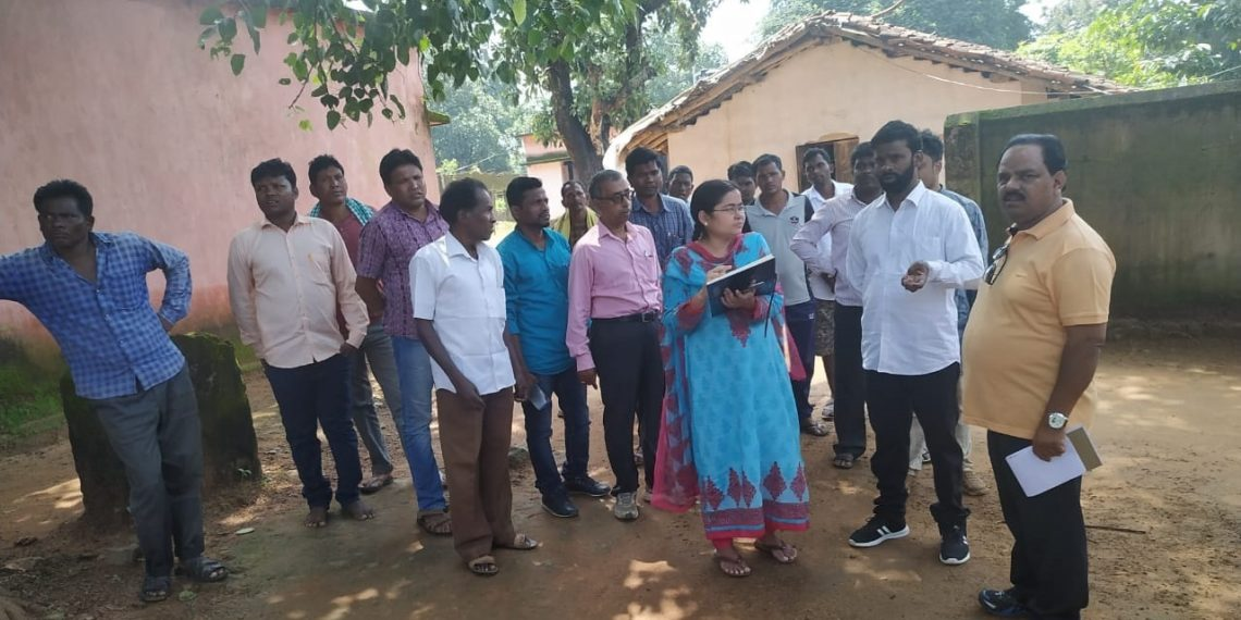 Collector's maiden visit to Red-prone areas in Nuapada launded