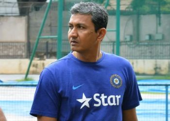 While all the officials agreed that Bangar had reasons to be disappointed after getting the boot, they felt it was out of line by Bangar to confront the selector.