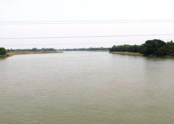The boat overturned and sank in the middle of the Brahmani river apparently after losing balance due to strong current.