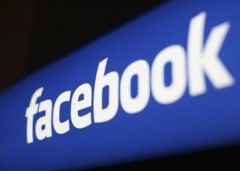 Facebook plans test to let users hide 'like' counts