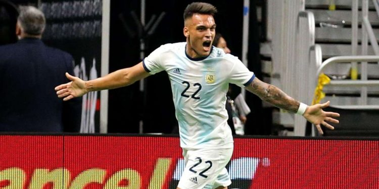 Inter Milan striker Martinez scored in the 17th, 22nd and 39th minutes at the Alamodome to give Argentina a deserved win over a lacklustre Mexico team Tuesday.