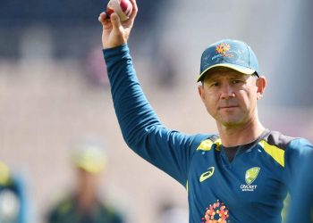 Ponting, who has been a sounding board for coach Justin Langer in recent months, unsurprisingly nominated the in-form Steve Smith and Marnus Labuschagne as the other two.